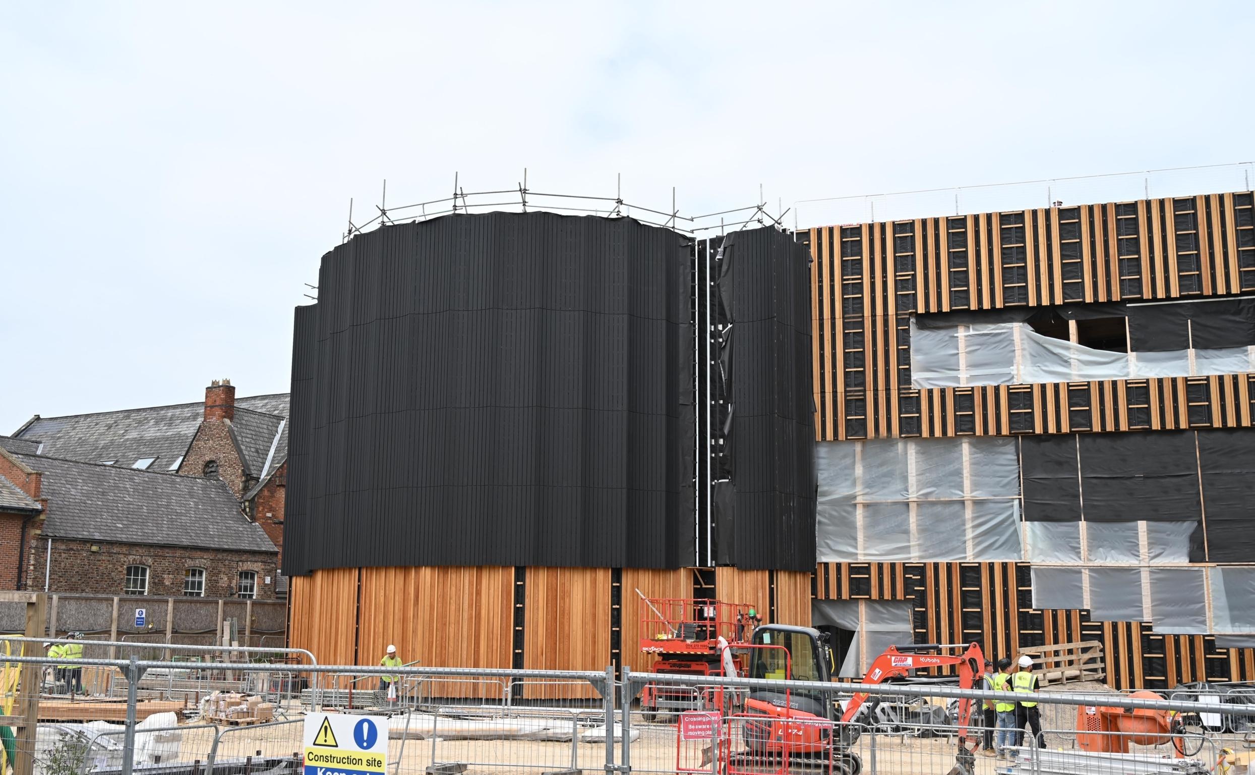 Powerlon Powerlon UV 145 FR facade membrane installation at York St John University